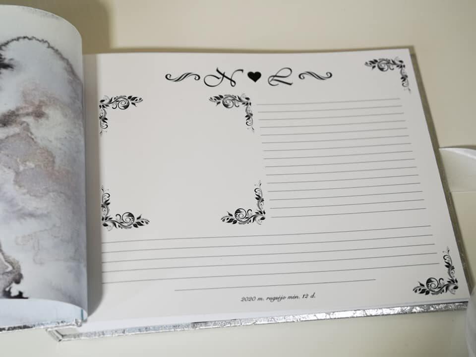 Balta lygaus viršelio knyga vestuvėms