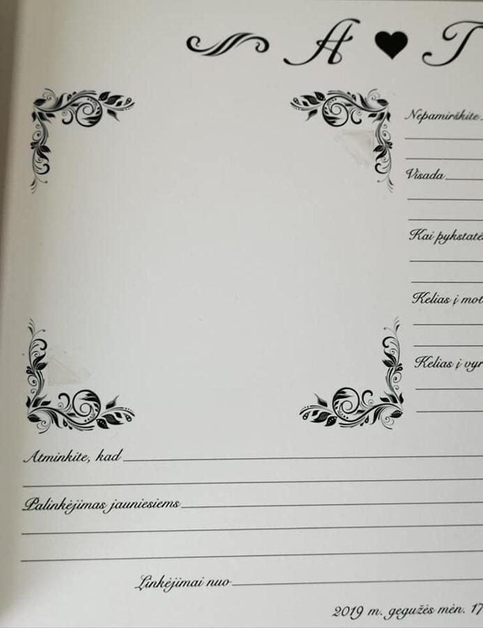 Balta nelygaus viršelio knyga