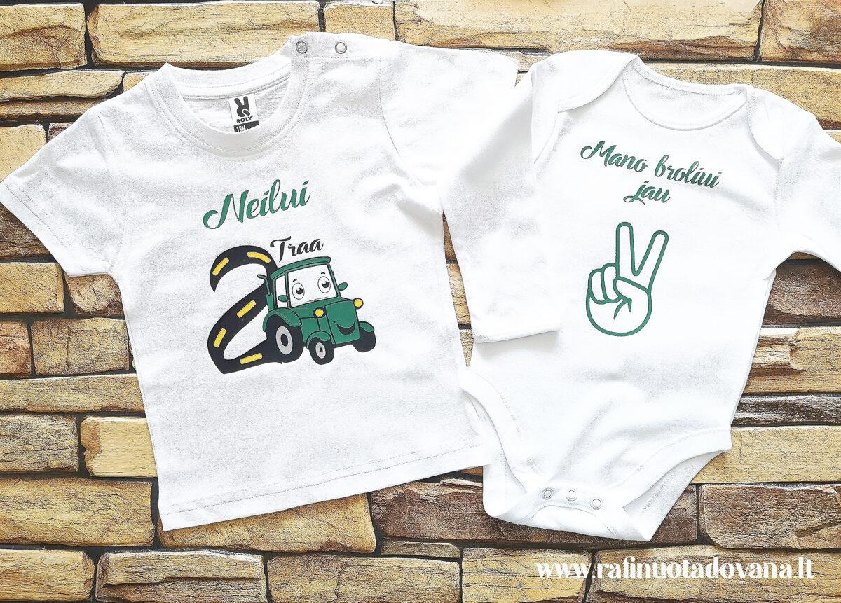 Marškinėliai ir/arba smėlinukas Traktoriukas
