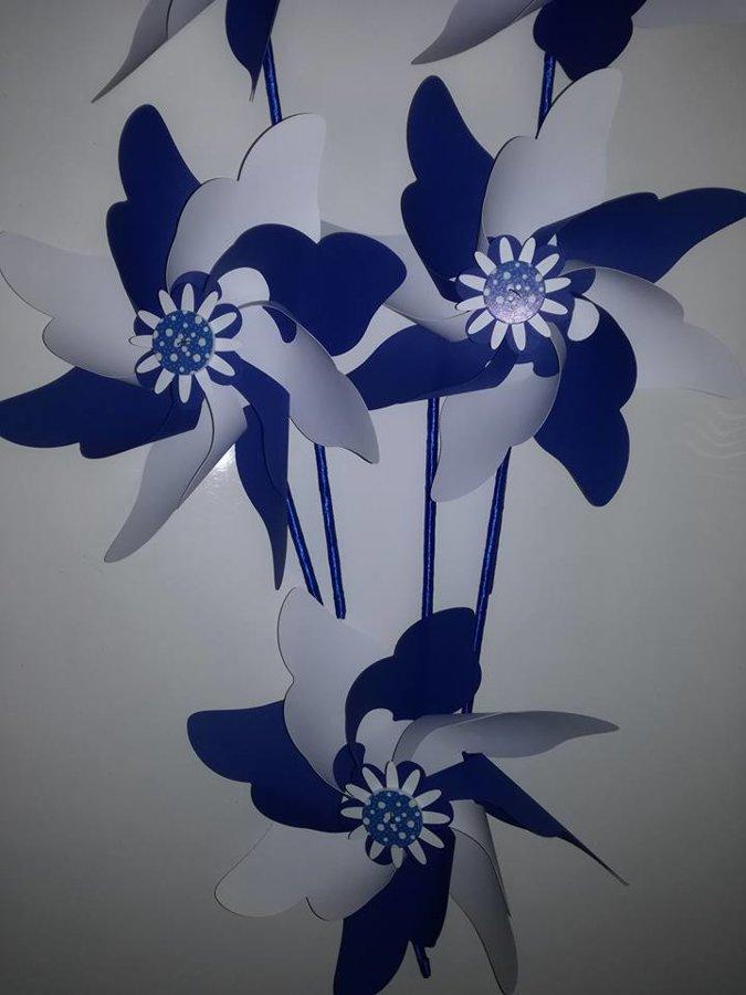 Vėjo malūnėliai (tamsiai mėlyni su baltu)