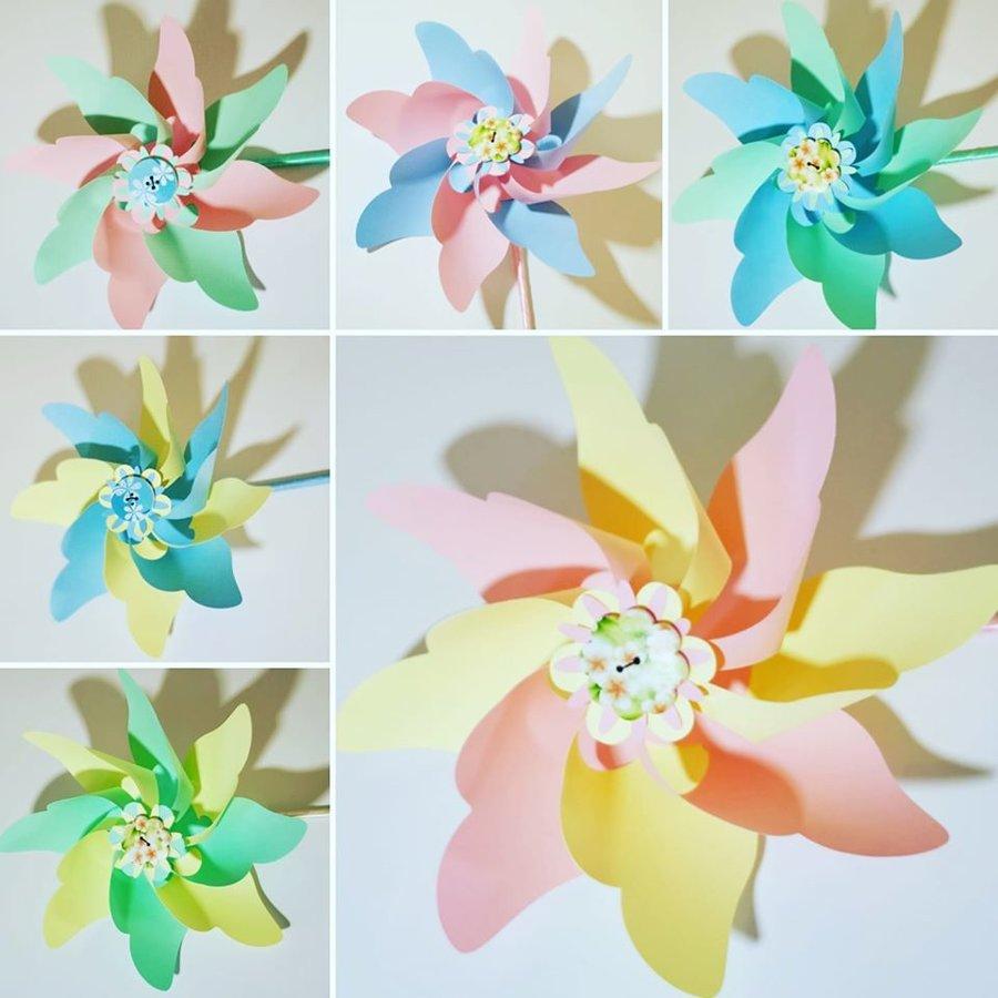Vėjo malūnėliai (pastelinių spalvų)