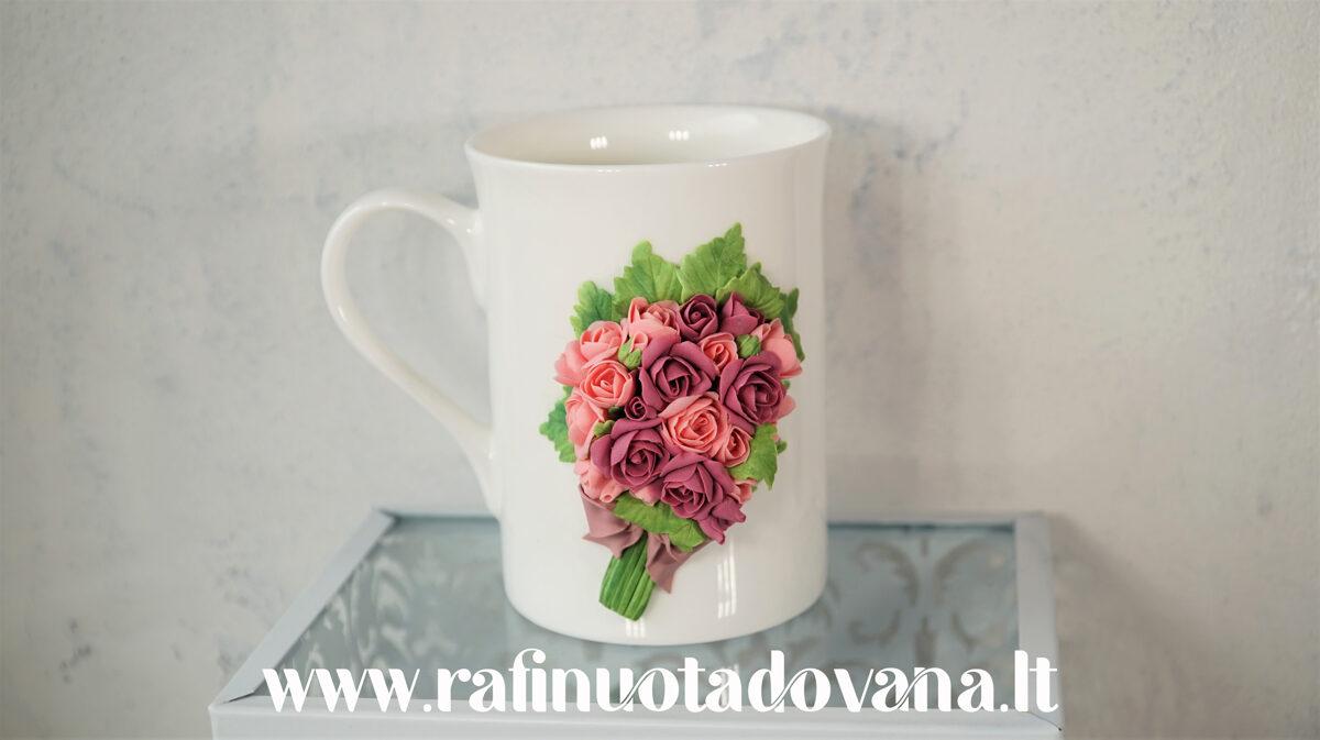 """Dekoruotas puodelis """"Rožės"""""""
