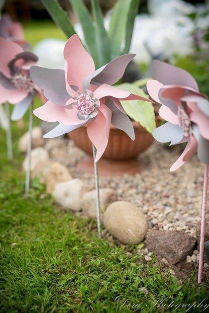 Vėjo malūnėliai (rožiniai su sidabru)