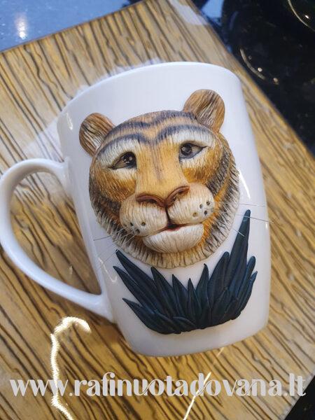 Dekoruotas puodelis Tigras, 2022 m. simbolis